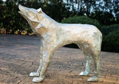 Lobo-Plateado-christian-nienhaus-silberner-wolf-art-objekt-2018-01
